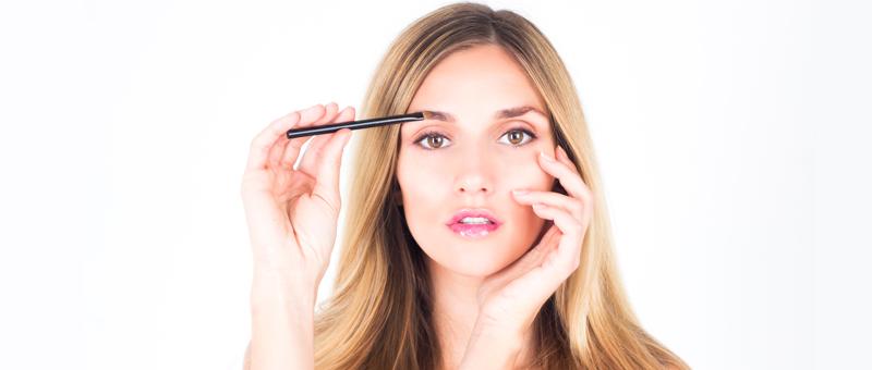 Maquillage des sourcils : comment bien les dessiner